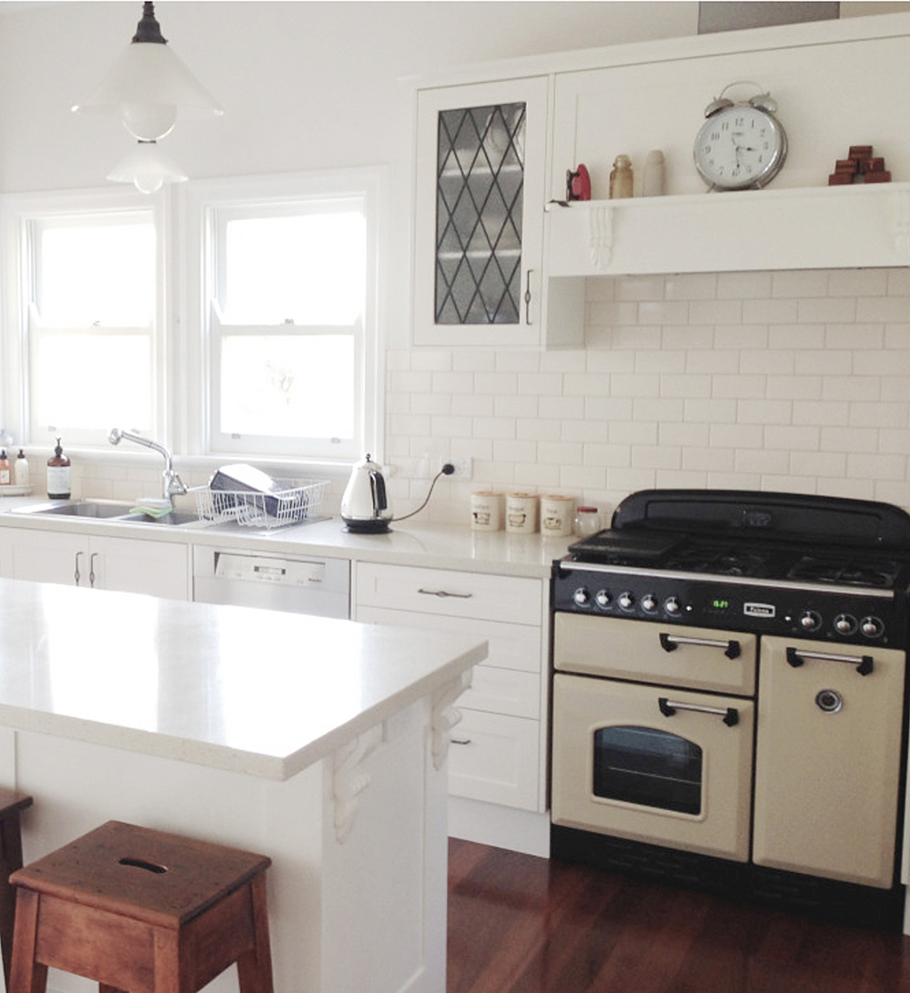 Kitchen With Living Room Design: How To Enhance My Iconic Queenslander Kitchen Style