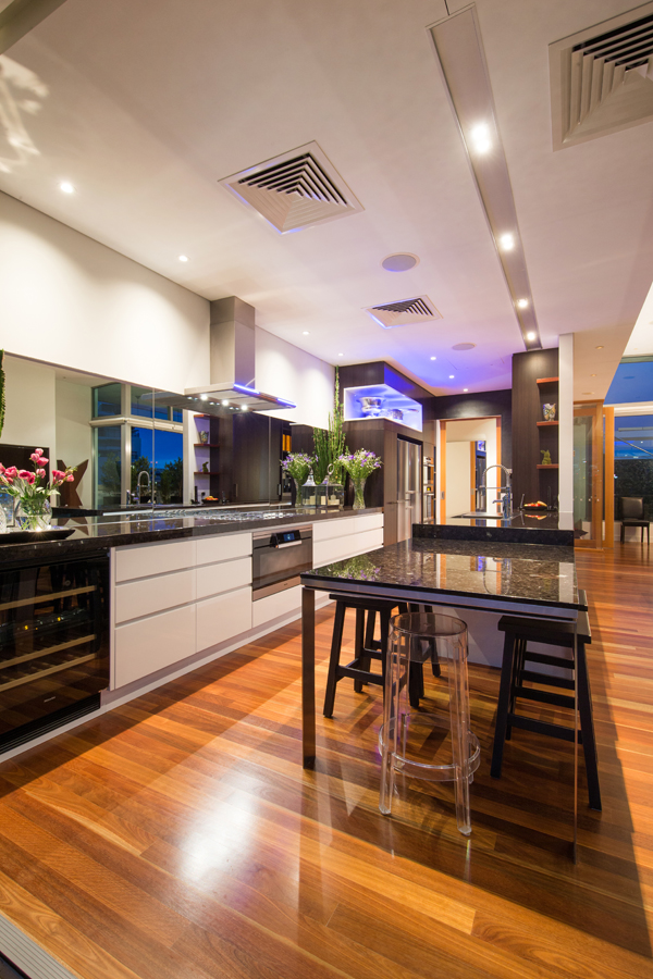 Cabinet makers brisbane western suburbs mf cabinets for Kitchen cabinets brisbane